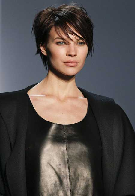 Messy Wet Short Hairstyle