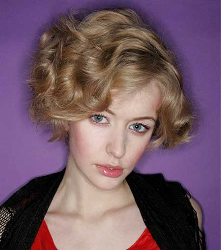 Short Hair Styles for Curly Hair-10