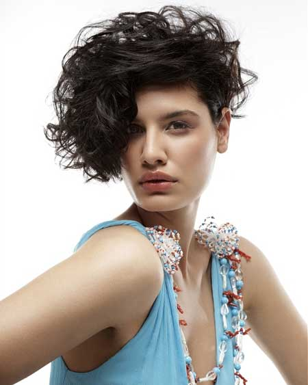 Short Hair Styles for Curly Hair-2
