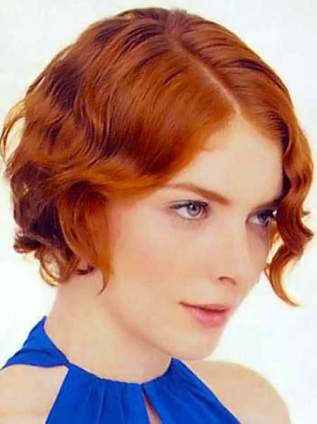 Short Wavy Bob Haircut