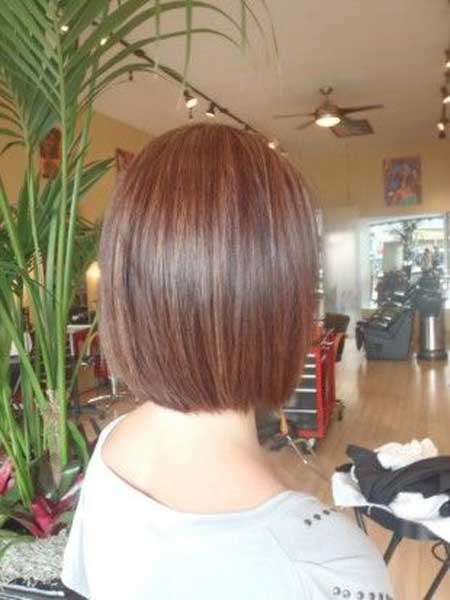 graduated bob haircut front and back views short
