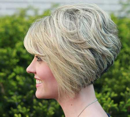 Short stacked bob haircuts for women