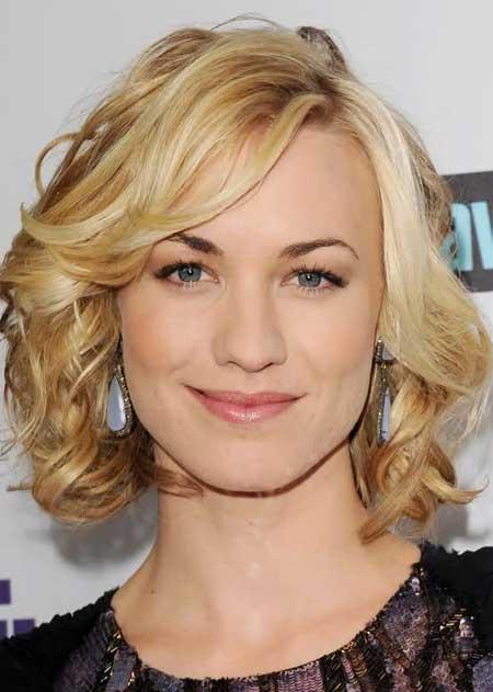 Trendy Celebrity Hairstyles-Yvonne Strahovski