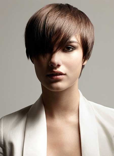 Very Chic and Lovely Pixie Hairstyle