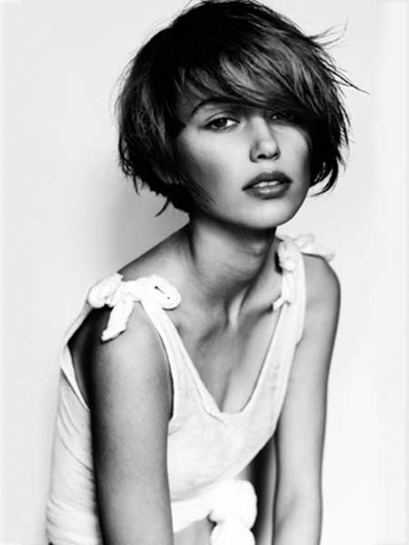 Lovely Bob Cut with Long Bangs