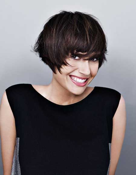 Alluring Graduated Bob Cut