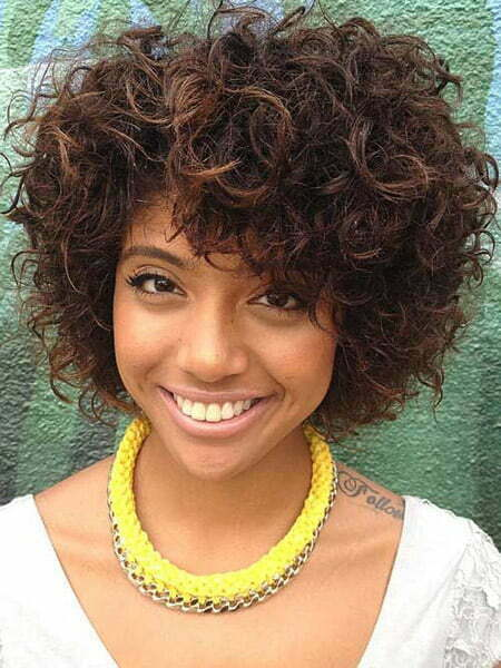 Awesome Curly Bob Cut