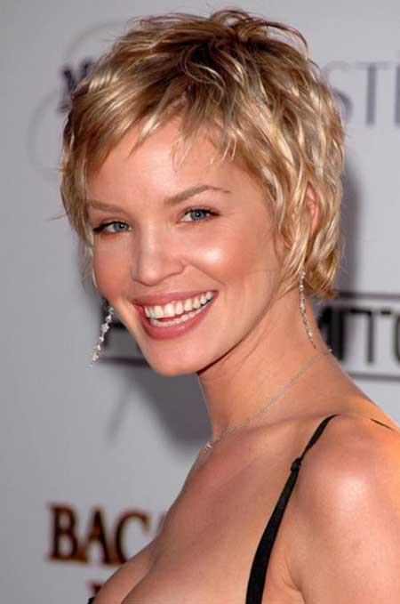 Awesome Pixie Cut of Ashley Scott