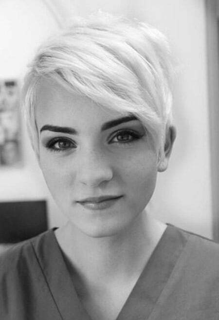 Awesome Platinum Blonde Pixie Cut