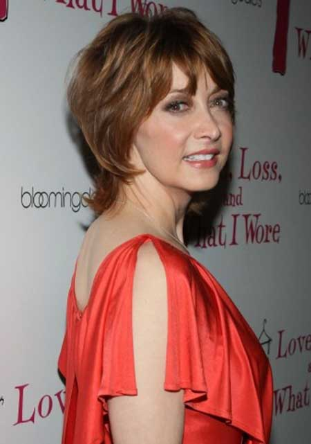 Awesome Sharon Lawrence's Short Hairstyle