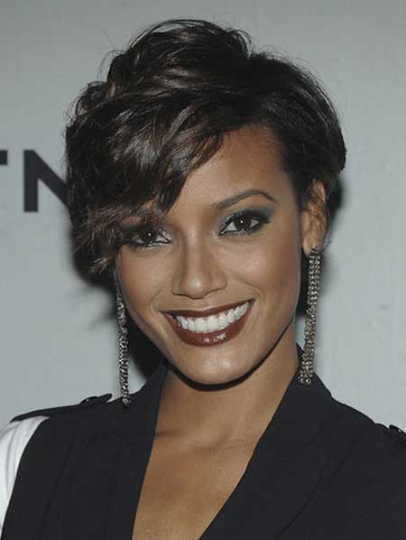 Beautiful Short Haircuts for Black Women-10