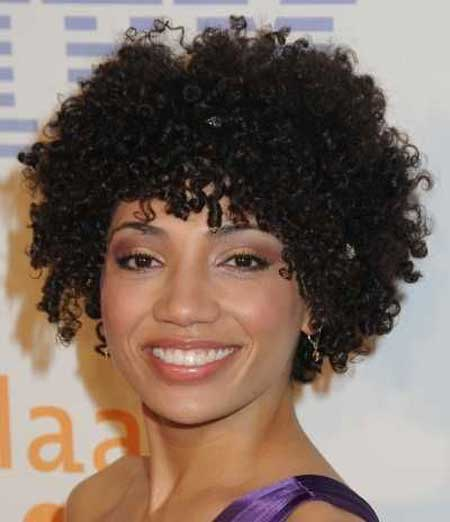 Beautiful Short Haircuts for Black Women-6