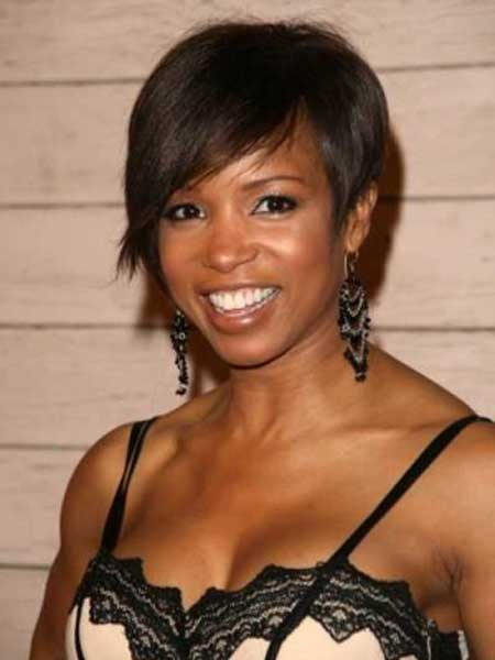 Beautiful Short Haircuts for Black Women-9