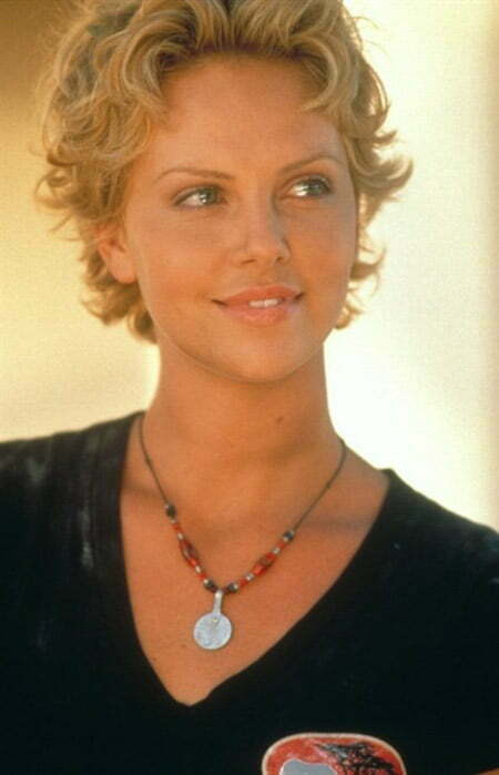 Charlize Theron's Awesome Curly Bob Cut