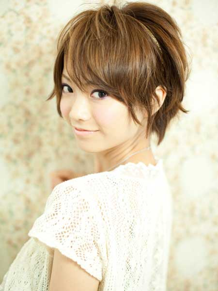 Charming Short Casual Hairstyle