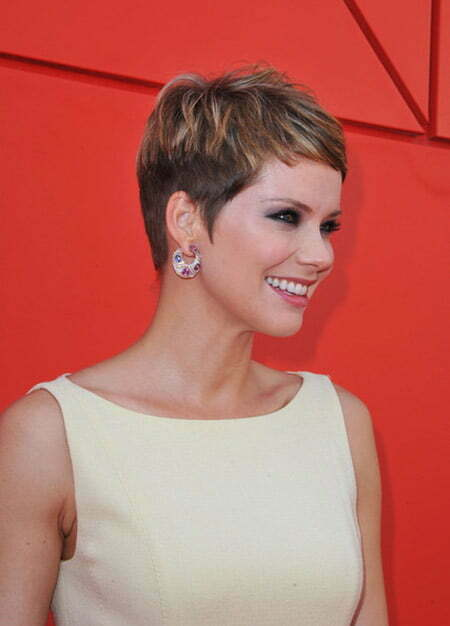 Charming and Alluring Pixie Cut