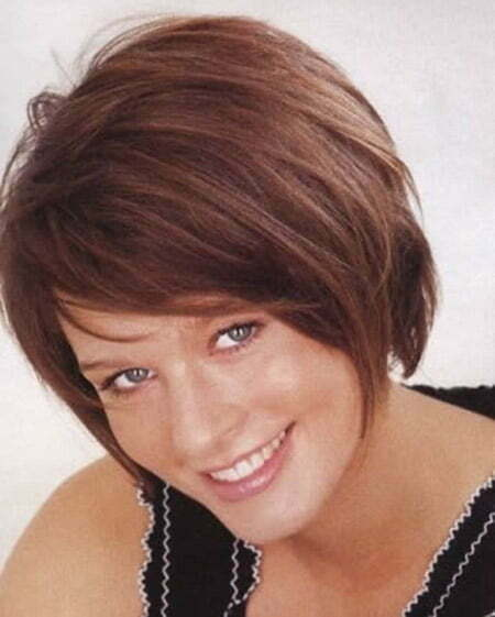 Charming and lovely Graduated Bob Cut