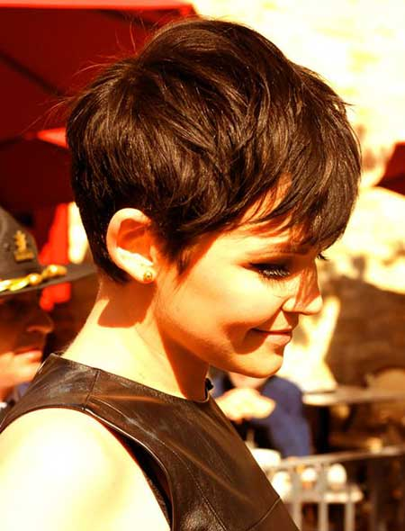 Cool Charming Messy Pixie