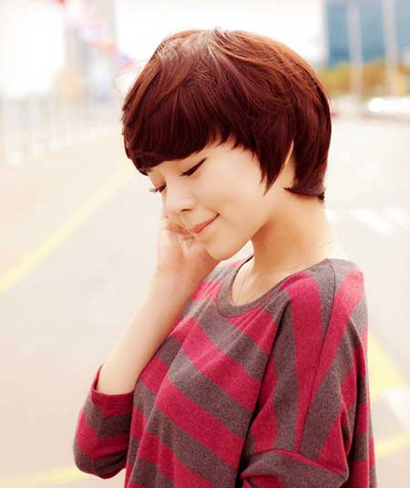 Cute pixie haircut for girls