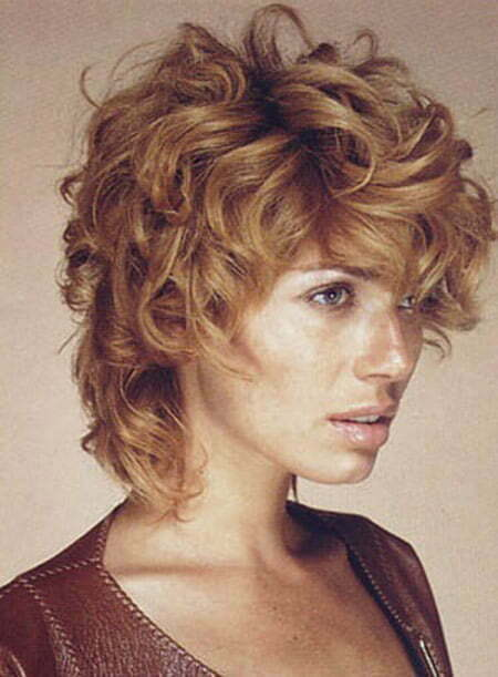 Fantastic Curly Blonde Hairstyle