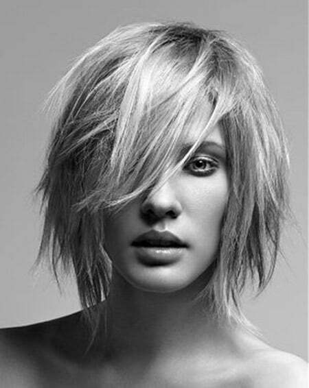 Fantastic Messy Bob Cut