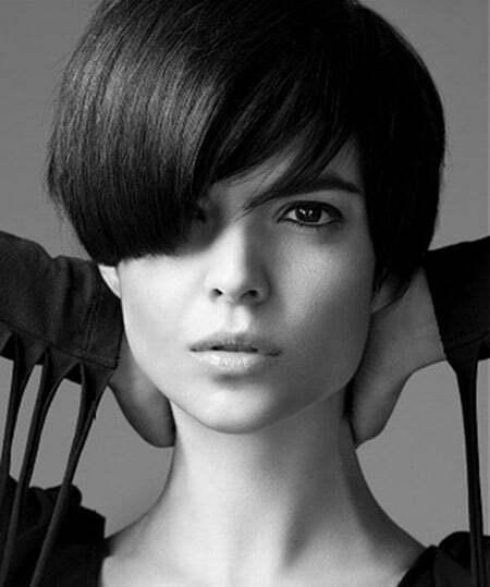 Glamorous Classic Black Hair Bob Cut
