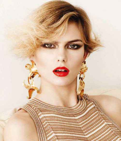 Good Short Haircuts for Wavy Hair-6