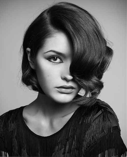 Good Short Haircuts for Wavy Hair-7