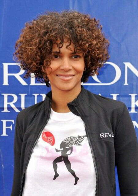 Halle Berry's Curly Bob Cut