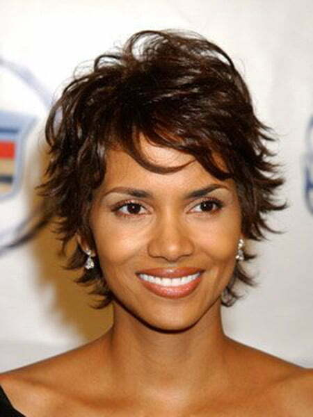 Halle Berry's Messy Flip Out Bob Cut