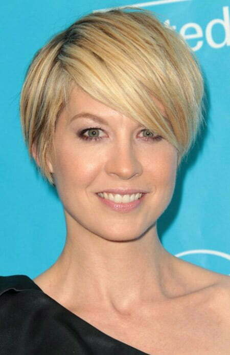 Jenna Elfman's Lovely and Charming Bob Cut