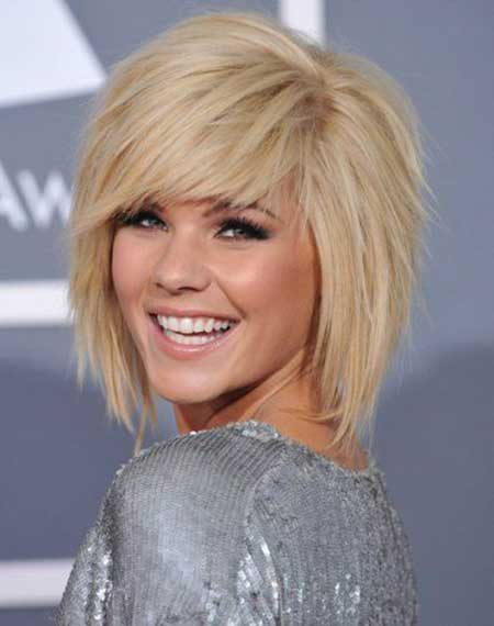 Kimberly Caldwell short hairstyle