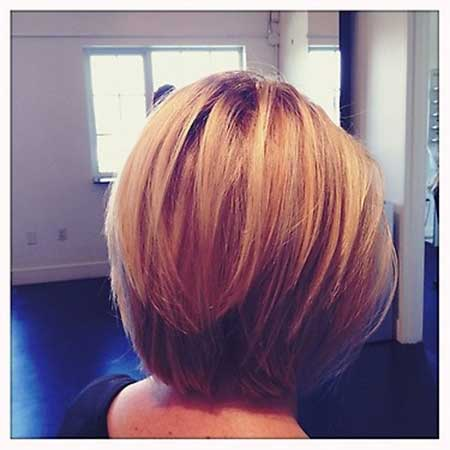 Layered Blonde Bob Hairstyle