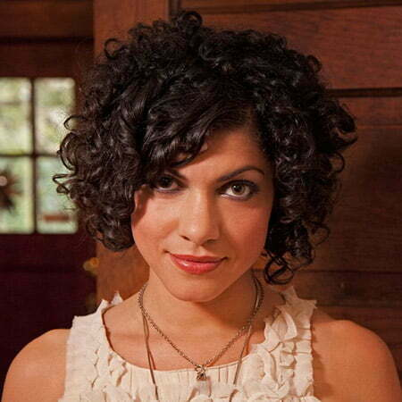Astonishing Curly Graduated Bob Cut Short Hairstyles 2016 2017 Most Hairstyles For Women Draintrainus