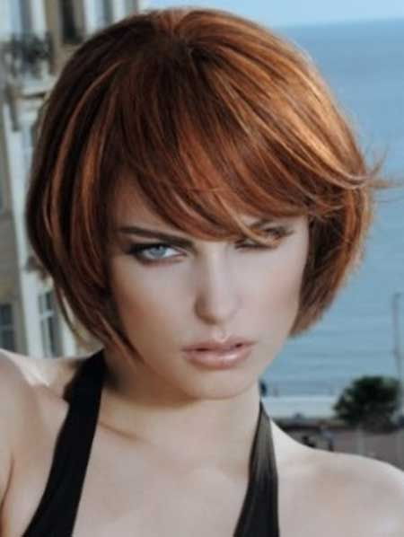 Lovely Short Bob Hairstyle with Long Bangs