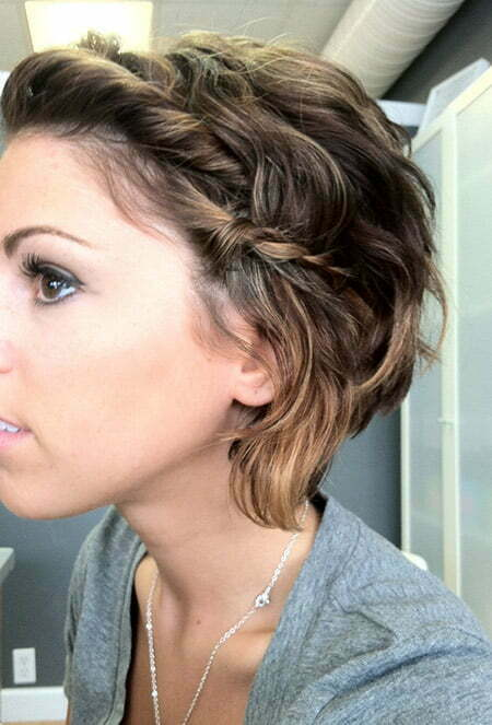 Lovely and Charming Curly Graduated Bob Cut