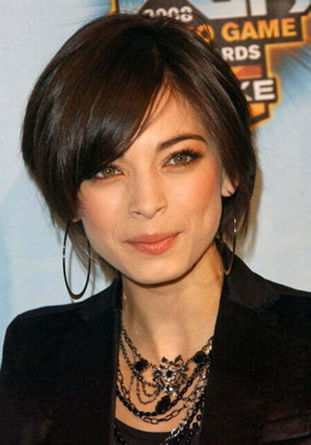 Lovely and Charming Layered Bob Cut