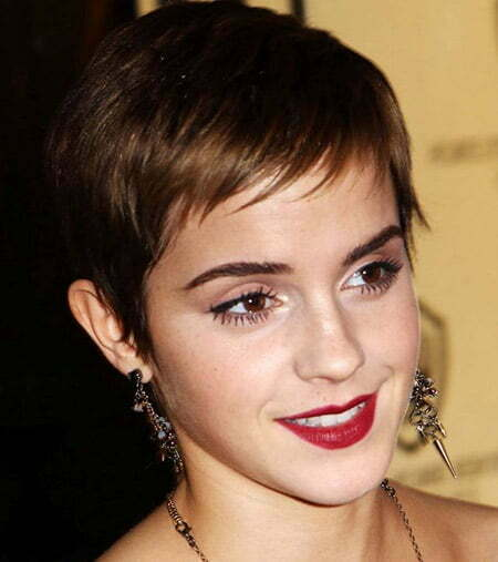 Lovely and Mesmerizing Pixie Cut by Emma Watson