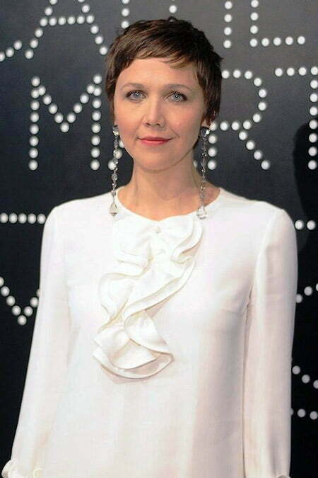 Maggie Gyllenhaal's Cool and Charming Pixie Cut