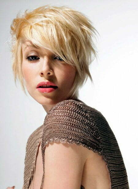 Messy Blonde Bob Cut