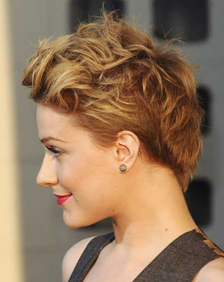 Messy Blonde Pixie Hairstyle