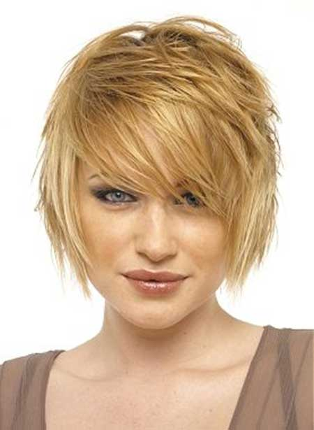 Messy Classic Bob Hairstyle
