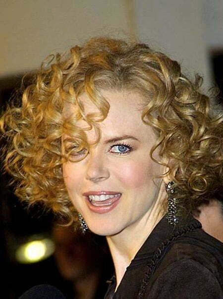 Nicole Kidman's Gorgeous Curly Bob Cut