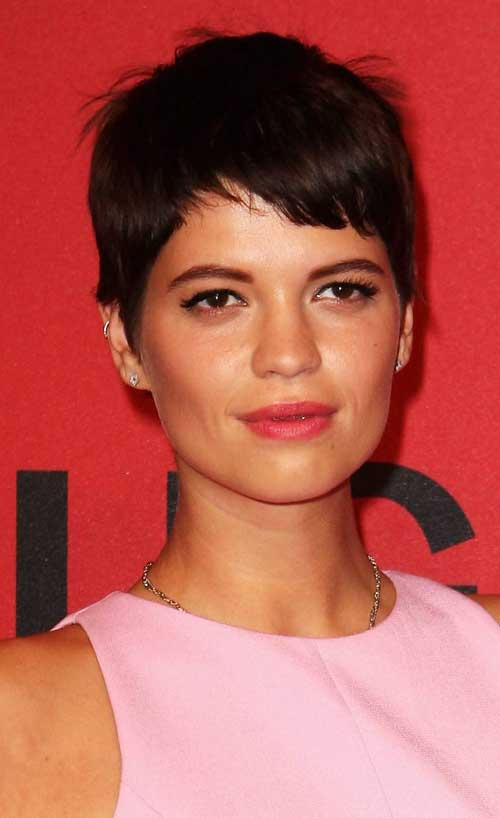 Pictures of Short Pixie Hairstyles-12