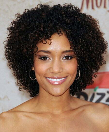 Ravishingly Attractive Curly Bob Cut