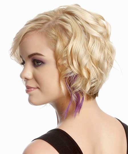 Ravishingly Blonde Wavy Hairstyle with Purple strands