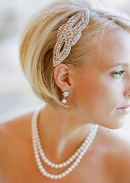 Short Haircuts for Brides-9
