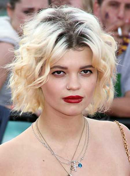 Short Haircuts for Wavy Hair 2013 - 2014