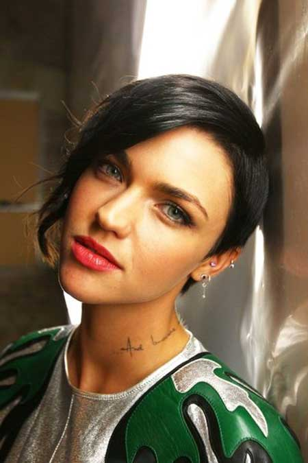 Terrific Short Hair Cuts To Grow Out Short Hair Fashions Hairstyle Inspiration Daily Dogsangcom
