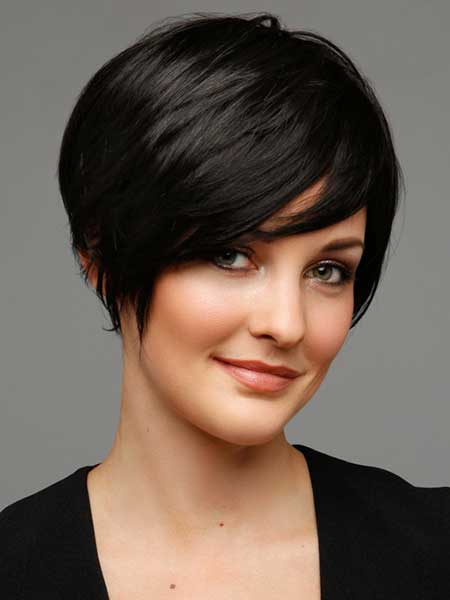 Short Side-parted Classic Bob Cut